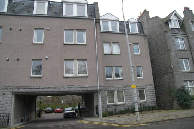 Homes to Let in Whitehall Place, Aberdeen AB25 - Rent Property in ...