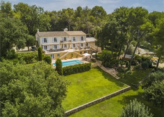 Detached house for sale in Mougins, France