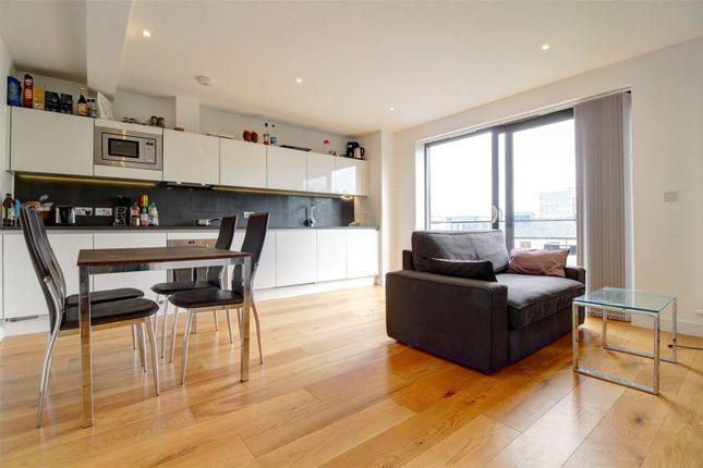 Thumbnail Flat to rent in Kingsland Road, Shoreditch, London