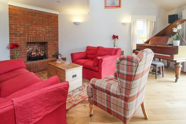 Thumbnail Detached house for sale in Fowlmere Road, Heydon, Royston