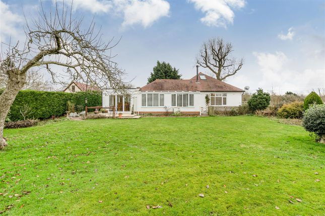 Thumbnail Property for sale in Eydon Road, Woodford Halse, Daventry