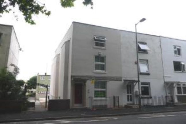 Thumbnail Flat to rent in Palmerston Road, Southampton