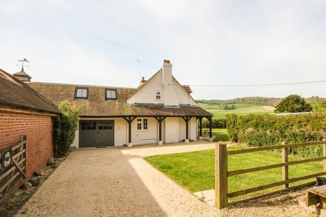3 bed detached house to rent in Moulsford, Wallingford OX10
