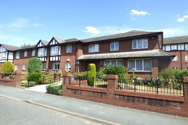 Thumbnail Flat to rent in Rostherne Court, Hale