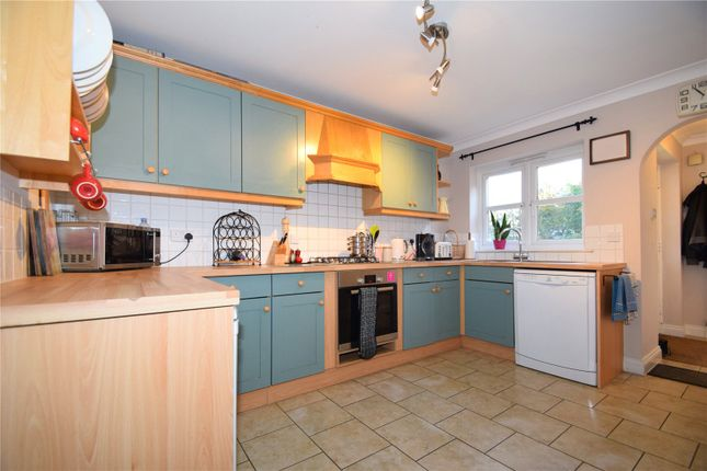 Picture No. 20 of New Wokingham Road, Crowthorne, Berkshire RG45