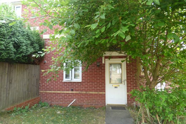 Thumbnail Property to rent in Hartshill Road, Hartshill, Stoke On Trent