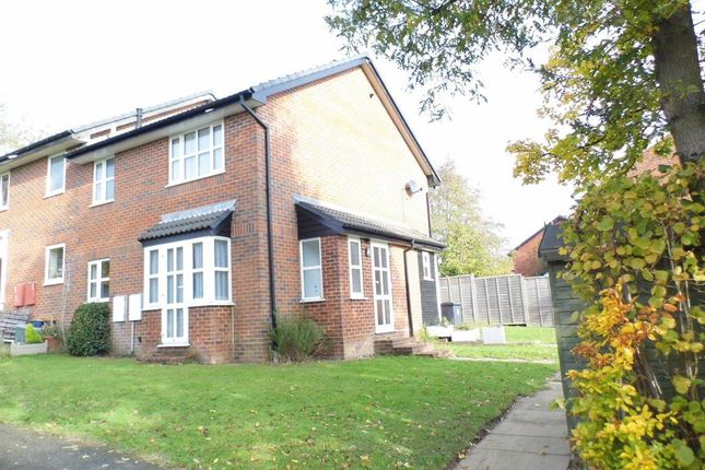 Thumbnail Property to rent in Ironstone Way, Uckfield