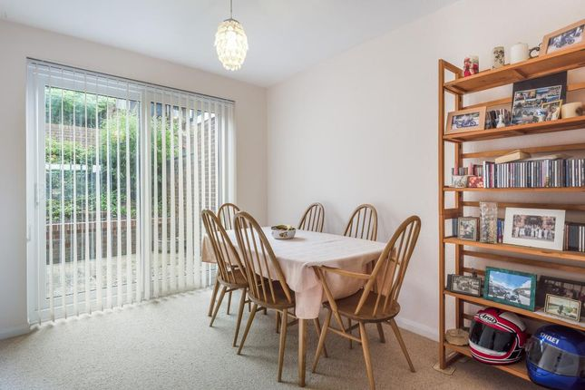 Dining Area of Darvell Drive, Chesham HP5