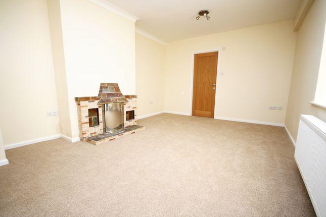 Thumbnail Bungalow to rent in Fambridge Road, Maldon