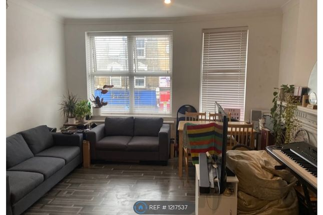 Thumbnail Flat to rent in Grand Parade, London