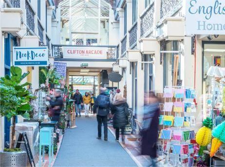 Retail premises to let in Boyces Avenue, Clifton Village, Bristol