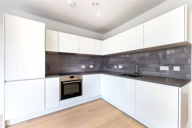 Thumbnail Flat for sale in Liner House, Schooner Road, London