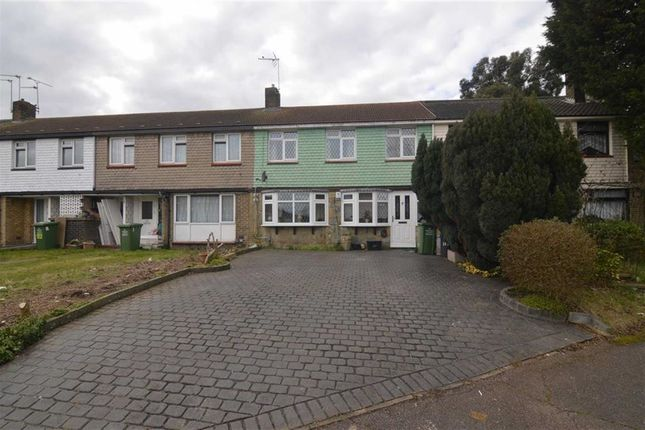 Thumbnail Terraced house for sale in Waldegrave, Basildon, Essex