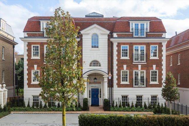 1 bed flat for sale in Magna Carta Park, Englefield Green, Surrey TW20