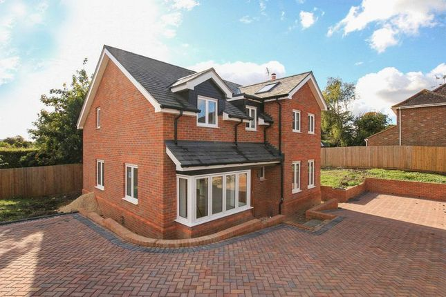 Thumbnail Detached house for sale in Manor Pound Road, Cheddington, Leighton Buzzard