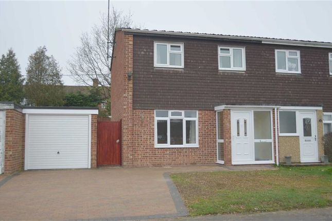 Semi-detached house for sale in Middlefields, Twyford, Berkshire