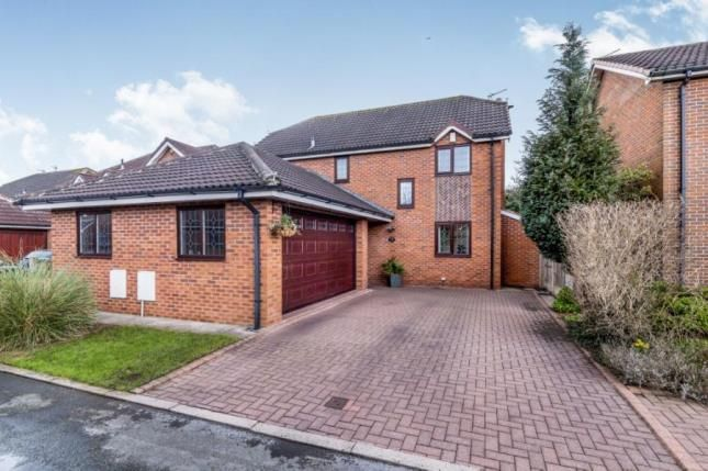 Thumbnail Detached house for sale in Swallow Court, Winsford, Cheshire