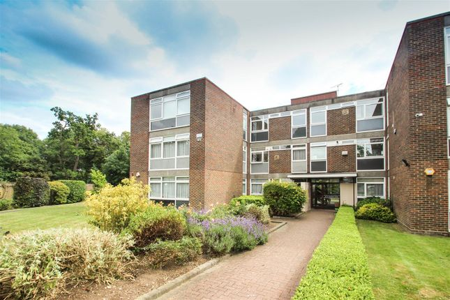Thumbnail Flat for sale in Rosedale Close, Stanmore