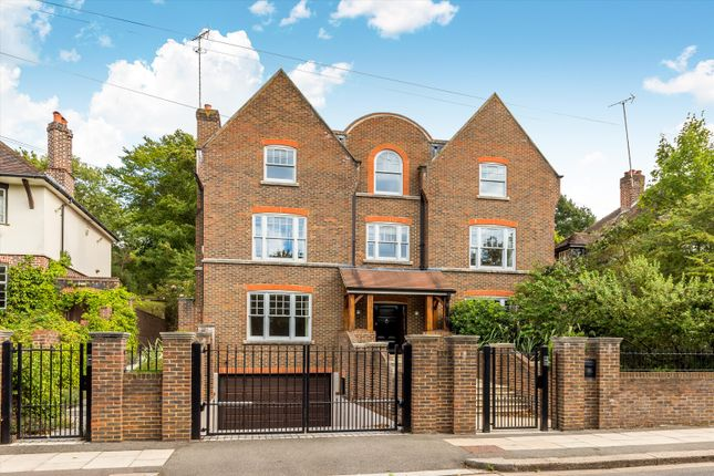 Thumbnail Detached house to rent in Home Park Road, London