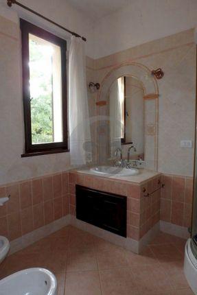 Bathroom of Via Caduti Sul Lavoro 33, Pienza, Siena, Tuscany, Italy