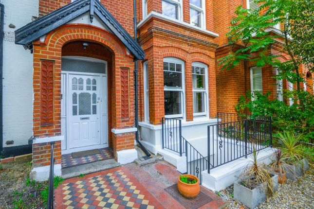 Thumbnail Flat for sale in Fauconberg Road, London