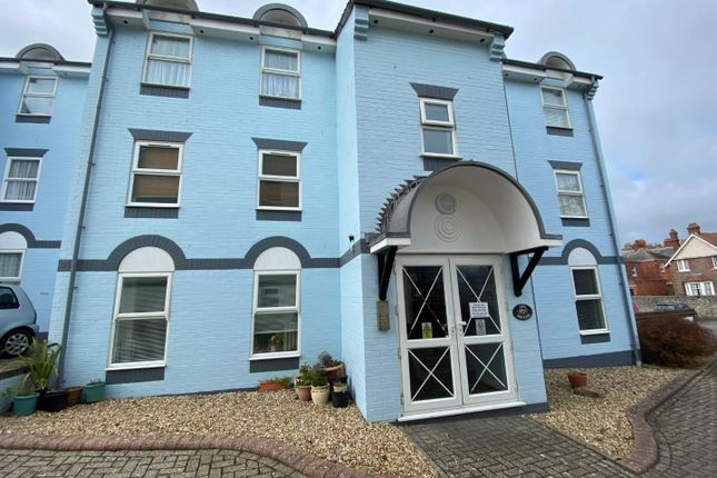 2 bed flat to rent in The Maltings, Weymouth DT4