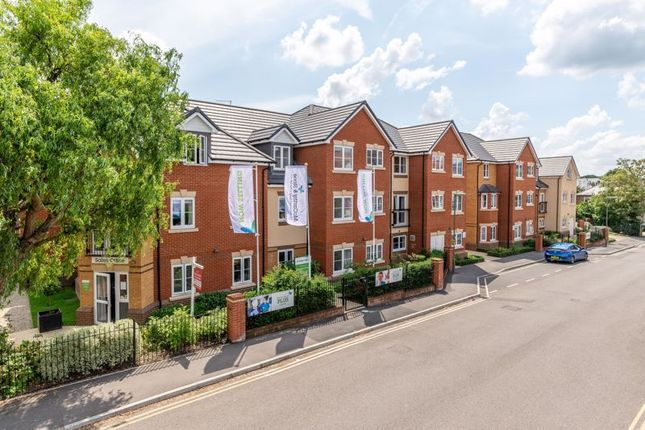 2 bed property for sale in Churchfield Road, Walton-On-Thames KT12