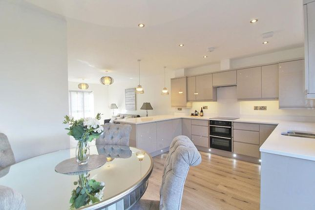 Thumbnail Property for sale in Kensington Court, Knaresborough