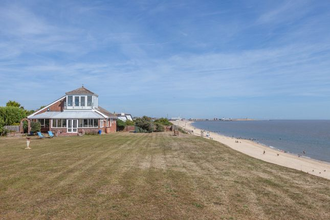 Thumbnail Detached bungalow for sale in Links Road, Gorleston, Great Yarmouth
