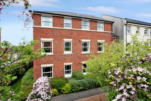 1 bed flat for sale in Sudweeks Court, New Park Street, Devizes SN10