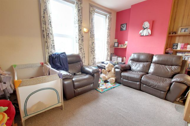 Thumbnail Flat for sale in St. Michaels Road, Bournemouth