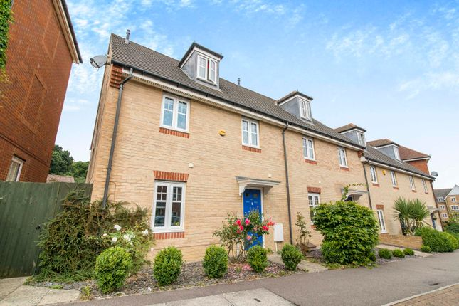 Thumbnail Property to rent in Coppice Pale, Chineham, Basingstoke