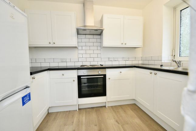 1 bed flat for sale in Bowling Green, Cremorne Estate, London SW10