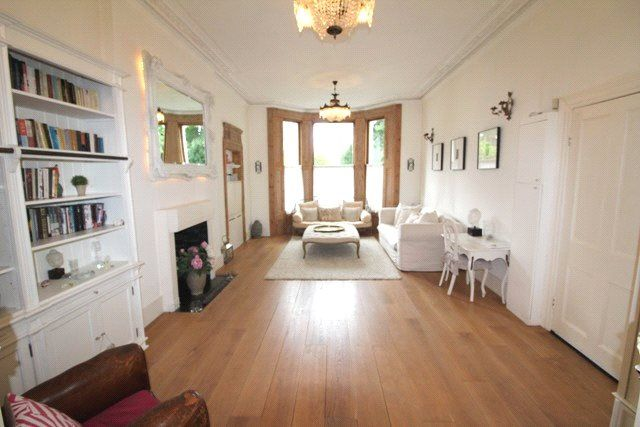 Thumbnail Flat to rent in Cambridge Gardens, London