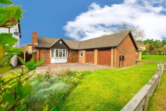 Thumbnail Detached bungalow for sale in Malvern Close, Kettering