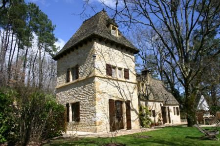 Property for sale in Montignac, Dordogne, France