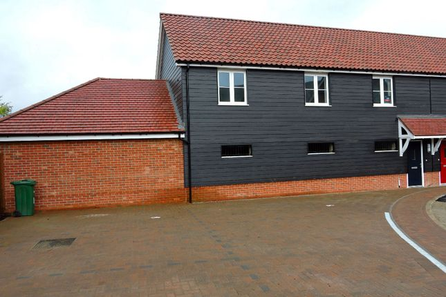Thumbnail Maisonette to rent in Norman Close, Sible Hedingham