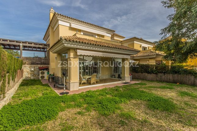 Thumbnail Detached house for sale in Santa Clara, Costa Del Sol, Spain