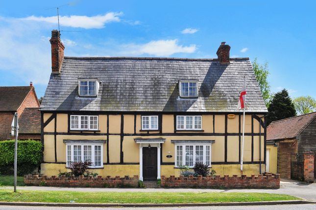Thumbnail Cottage for sale in High Street, Great Horwood, Milton Keynes