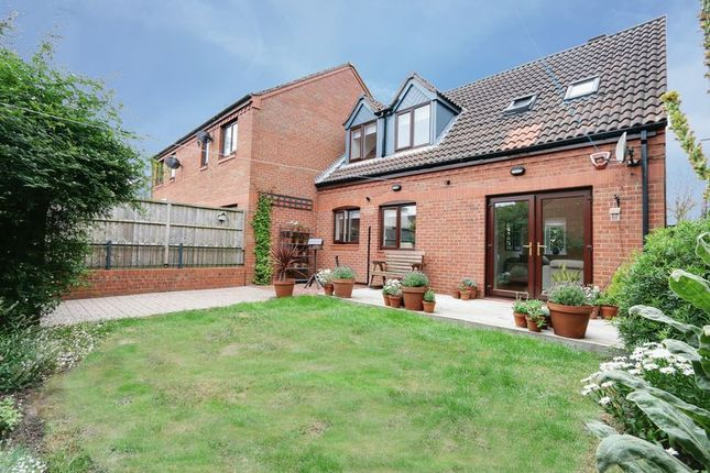 Thumbnail Terraced house for sale in Manor House Street, Hull