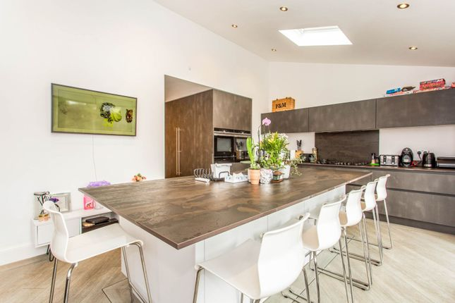 Thumbnail Detached house for sale in Crescent Road, Leigh-On-Sea