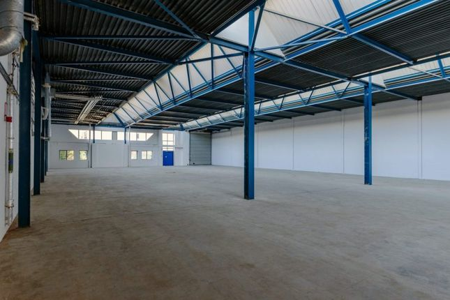 Industrial to let in Unit 1A, Woodside Industrial Estate, Humphrys Road, Dunstable