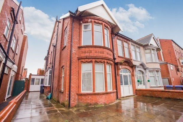 Thumbnail Flat to rent in Northumberland Avenue, Blackpool