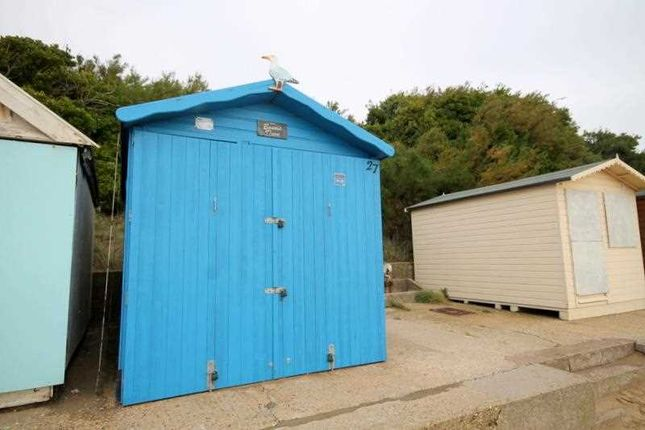 Main Picture of Beach Hut, York Road, Holland On Sea CO15