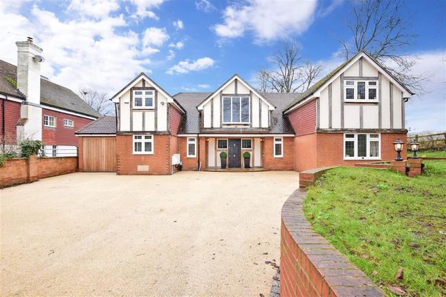 Thumbnail Detached house for sale in Rays Hill, Horton Kirby, Dartford, Kent