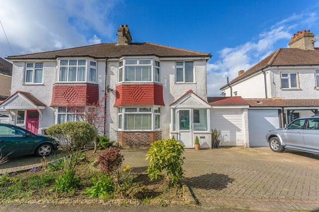 Thumbnail Property for sale in Princes Avenue, South Croydon