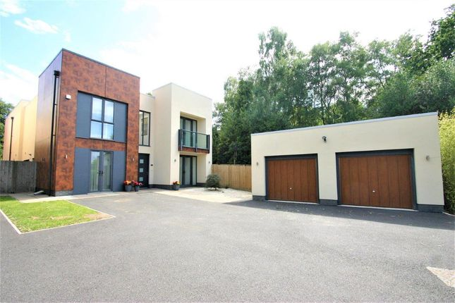 Thumbnail Detached house for sale in Bedgebury Close, Tunbridge Wells