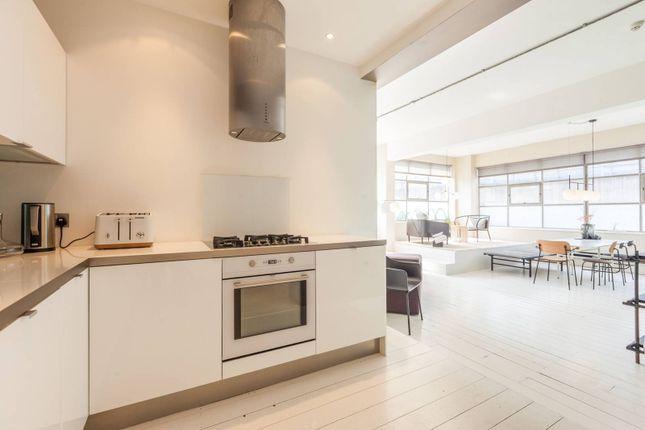 Thumbnail Flat to rent in New Inn Yard, Shoreditch, London