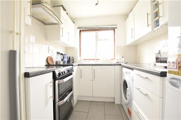Thumbnail End terrace house to rent in Winterborne Road, Abingdon, Oxfordshire