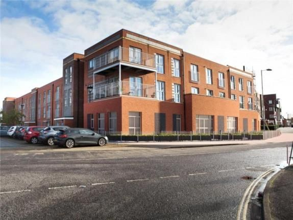 Thumbnail Studio for sale in Radcliffe Road, Southampton
